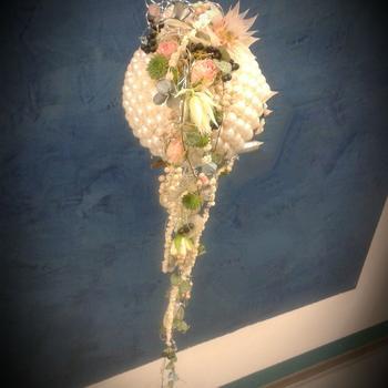 Brautkugel aus Perlen ab 230 Euro